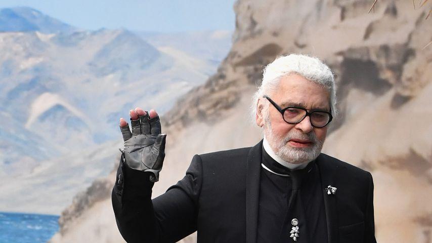 Sensation: Karl Lagerfeld mal ohne Sonnenbrille unterwegs!