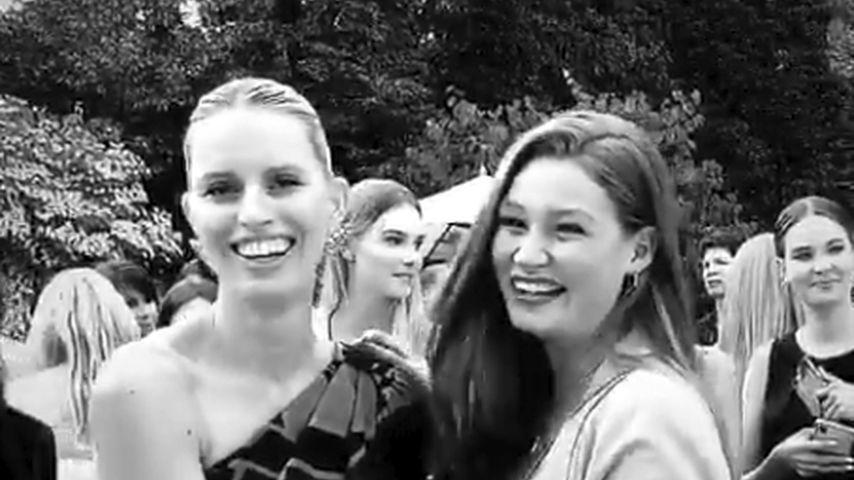Karolina Kurkova und Jana Heinisch auf der Berlin Fashion Week