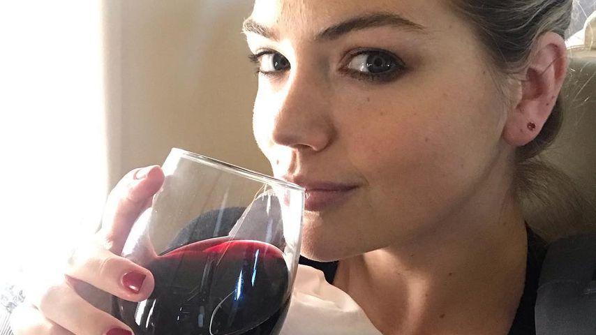 Wein während des Stillens? Shitstorm für Neu-Mama Kate Upton