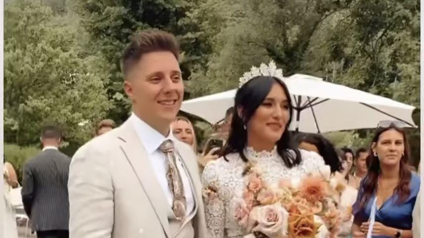 Katharina Damm mit ihrem Ehemann Leo bei ihrer Hochzeit