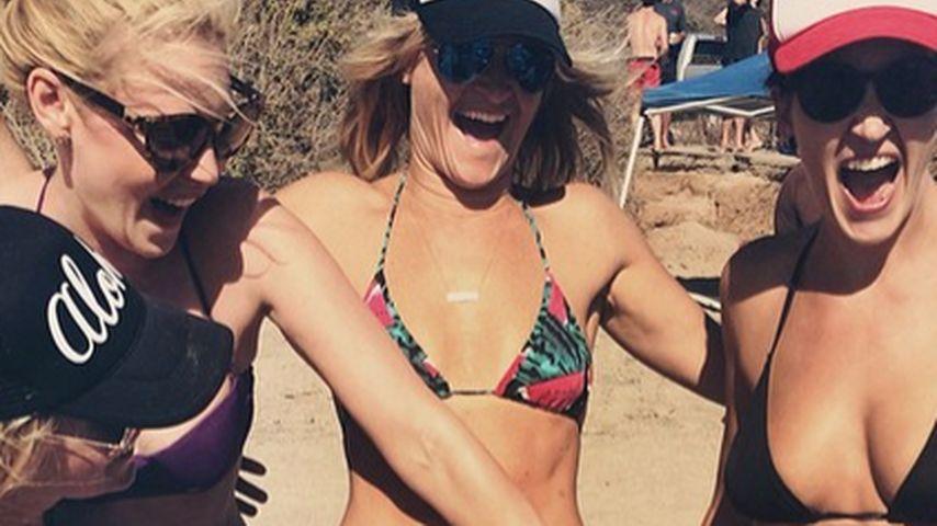 Party! Katherine Heigl feiert fröhlich am Strand