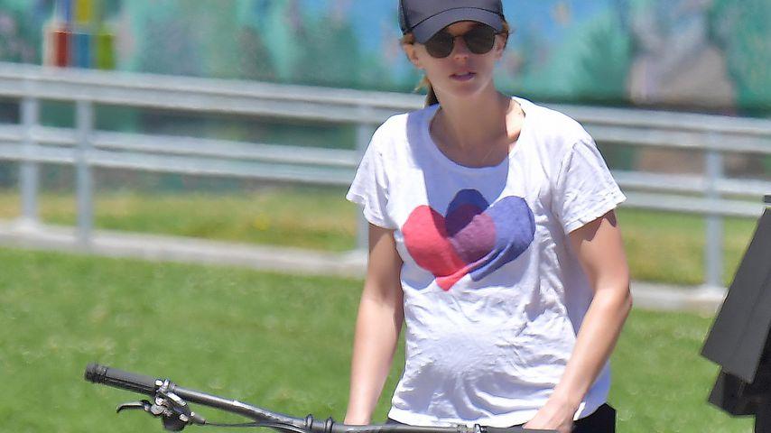 Katherine Schwarzenegger bei einer Radtour, April 2020