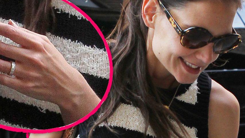 Katie Holmes trägt noch ihren Ehering!