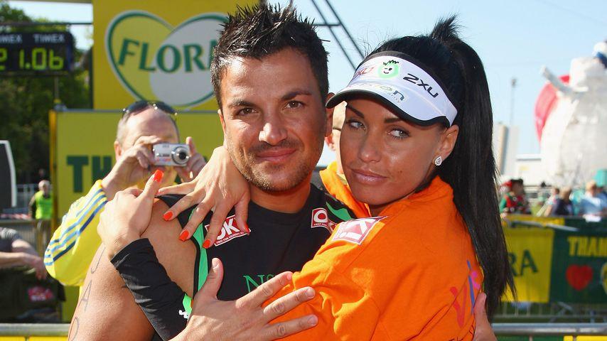 Katie Price und Peter Andre im Jahr 2009 bei dem Flora London Marathon