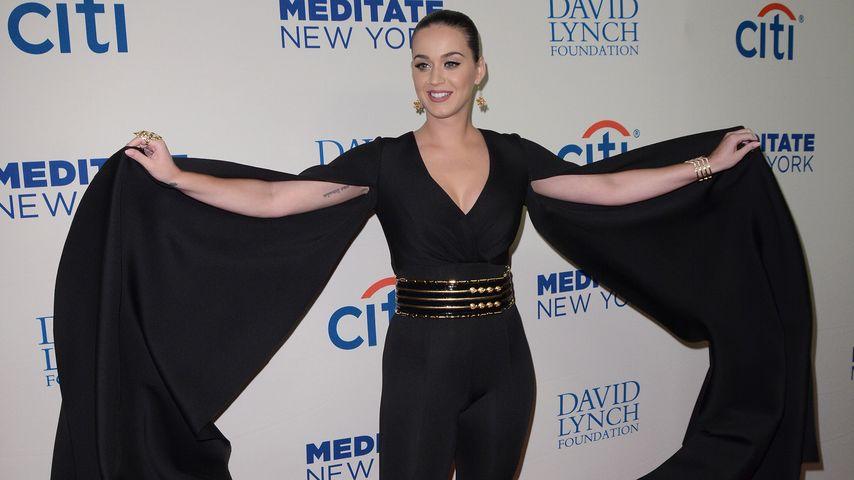 Fledermaus-Alarm! Katy Perrys schräger Red-Carpet-Look