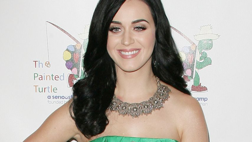 wow katy perry l sst alle gr n vor neid werden. Black Bedroom Furniture Sets. Home Design Ideas