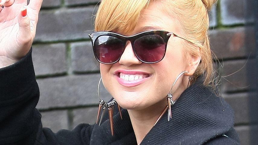 Kelly Clarkson wartet auf einen Verlobungsring