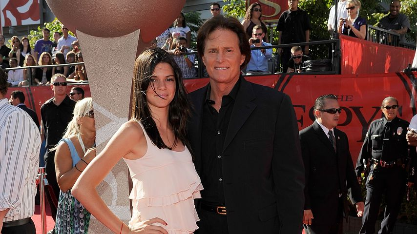 Kendall und Bruce Jenner, 2009