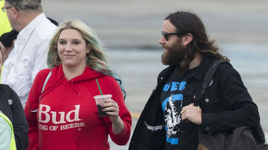 Nach Gerichtszoff: Kesha erholt sich verliebt in der Karibik