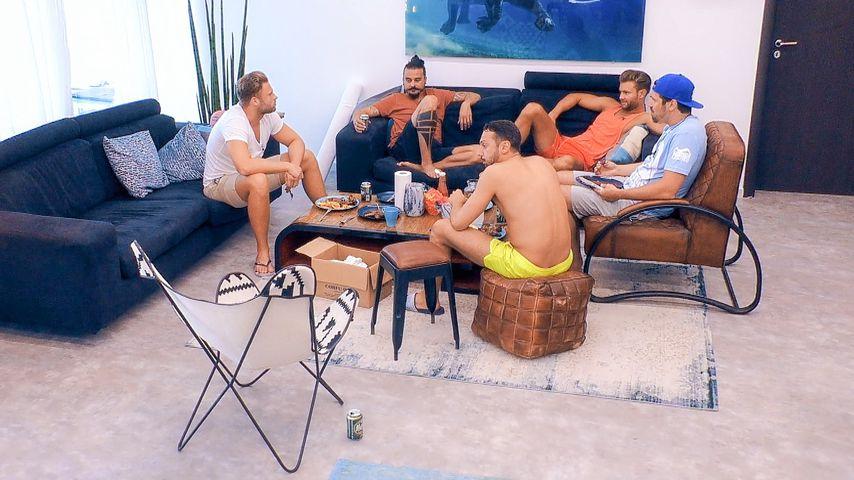 Kevin, Dave, Jorgo, Daniel und Stefan in der Bachelorette-Villa
