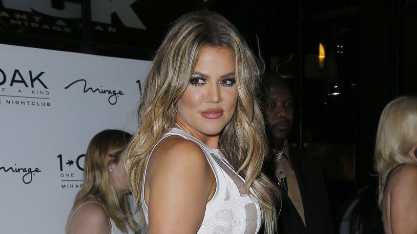 Khloe Kardashian: Quetsch-Kurven im Nackedei-Dress