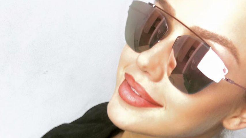 Mega-Sonnenbrille: Kim Gloss trotzt dem schlechten Wetter!