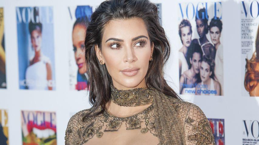 Ungezogen! Kim Kardashian klaut bei Schwester Kylie Lip-Kits