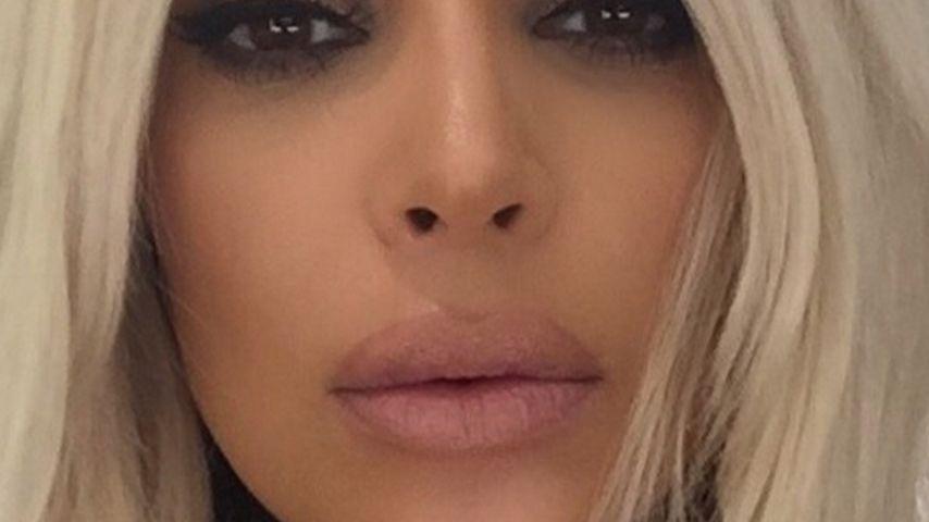 Wie Kylie: Kim Kardashian malt sich XXL-Lippen