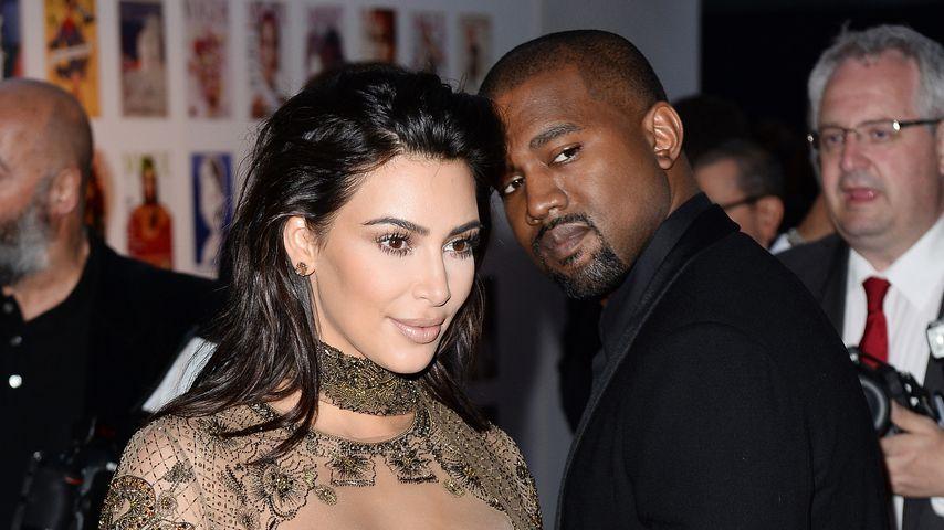 Kim Kardashian: Der Wind entblößt fast ihren Slip
