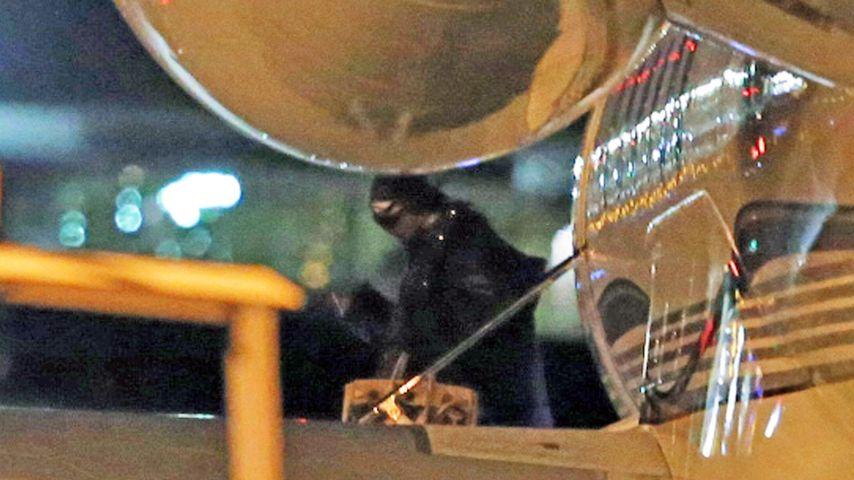 Kim Kardashian im November 2016 am Flughafen in Los Angeles