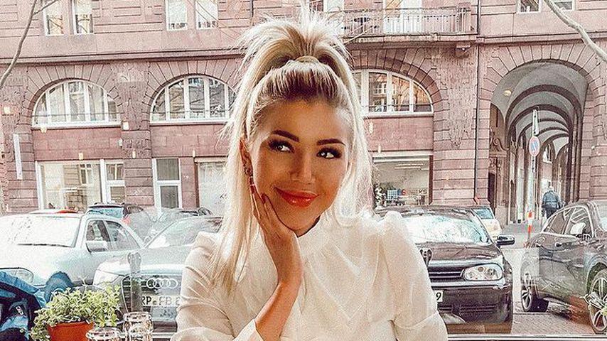 Größte Community: Will Bachelor-Girl Kim Virginia nur Fame?