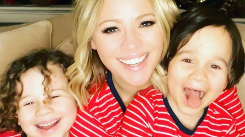 Kimberley Walsh und ihre Söhne Bobby und Cole im Dezember 2020