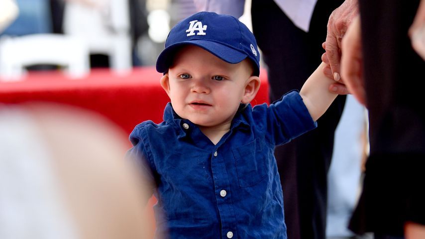 Kirsten Dunsts Sohn Ennis Howard Plemons auf dem Hollywood Walk of Fame