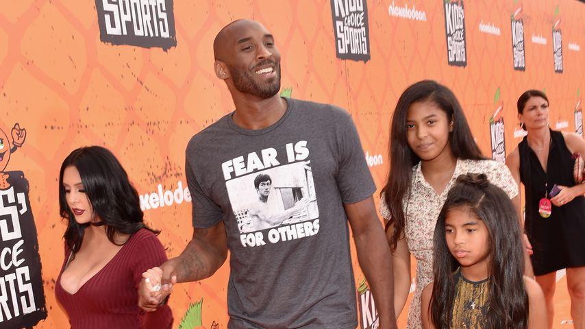 Sportler Kobe Bryant mit seiner Familie