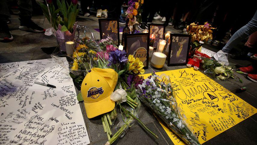 Kobe Bryants Gedenkstätte am Staples Center