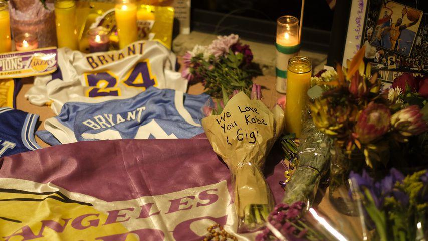 Kobe Bryants Gedenkstätte vor der Mamba Sports Academy
