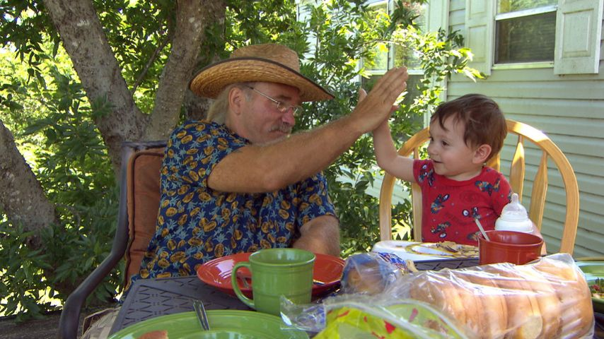 Konny Reimann mit Enkelsohn Kealan Ray