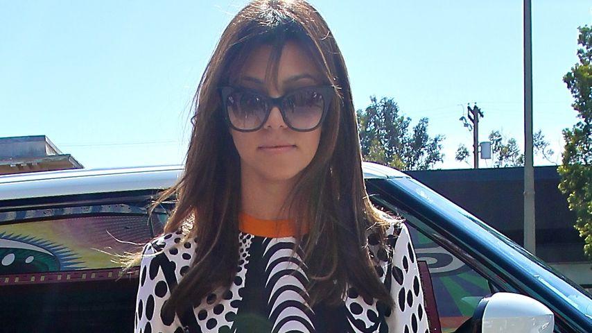 """Kourtney Kardashian: Unzufrieden mit """"Wabbelbauch"""""""