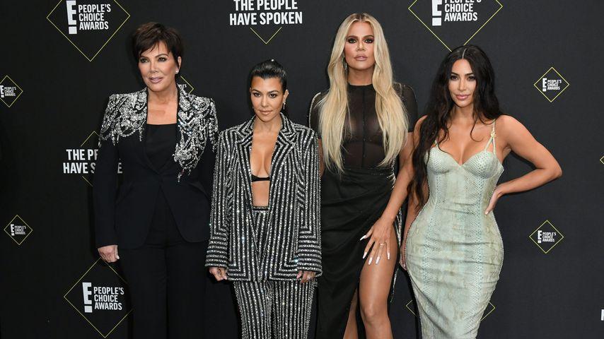 Kris Jenner mit Kourtney, Khloe und Kim Kardashian, November 2019