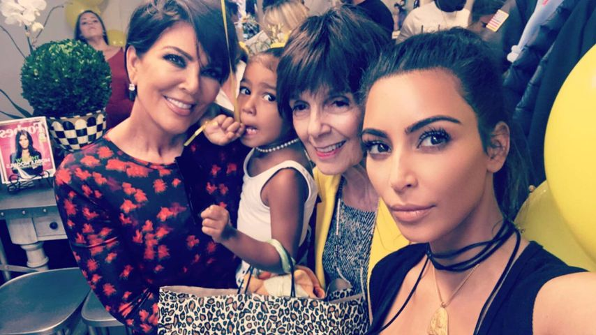 Kris Jenner, North West, Oma MJ und Kim Kardashian