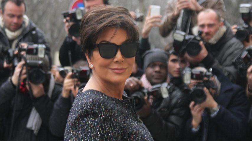Paranoid? Kris Jenner schützt sich mit einer Waffe