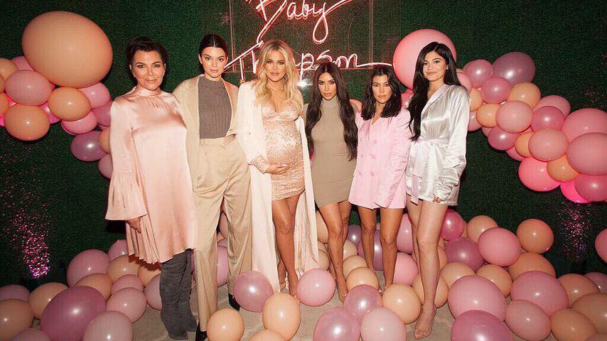 Kris Jenner und ihre Töchter Kendall, Khloe, Kim, Kourtney und Kylie