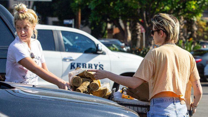 Kristen Stewart und eine Freundin in Los Angeles