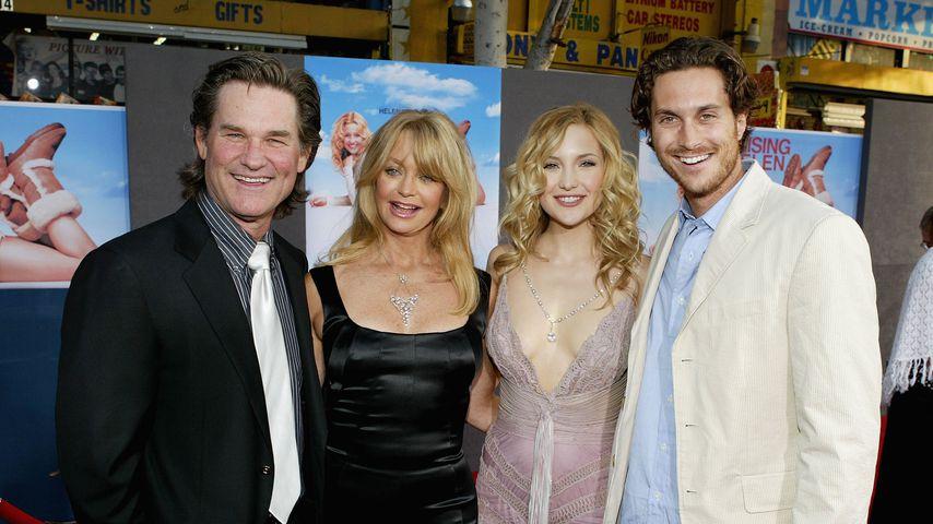 Kurt Russel und Goldie Hawn mit Kate und Oliver Hudson, Mai 2004 in Hollywood
