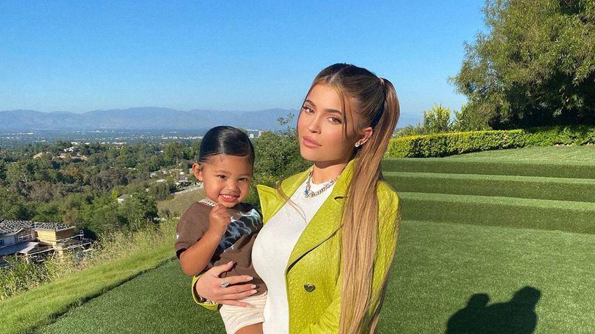 Kylie Jenner mit ihrer Tochter Stormi Webster