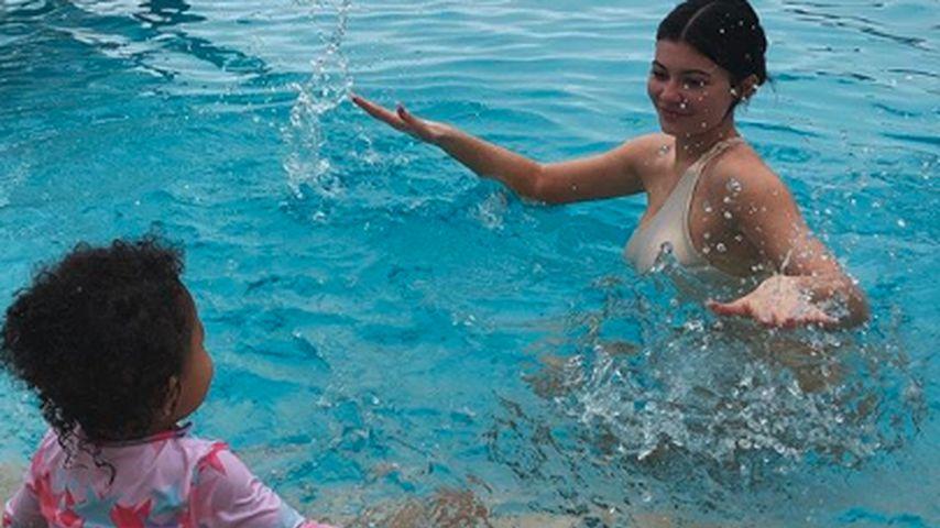 Kylie Jenner und ihre Tochter Stormi