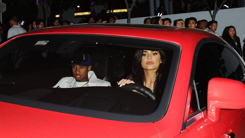 Tyga & Kylie Jenner in Hollywood