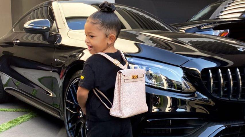 Dekadent: Kylie präsentiert Stormis 650-Euro-Luxustäschchen
