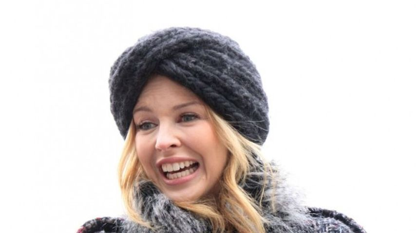 Kylie Minogue im 'Huhn mit Turban'-Outfit