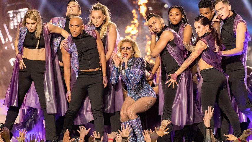 Lady Gaga beim Super Bowl LI