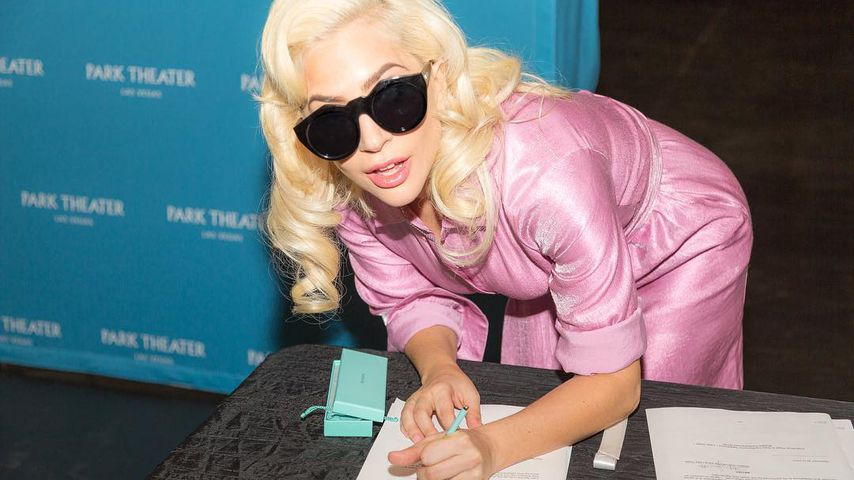 Lady Gaga, Vertragsunterzeichnung für ihre Las-Vegas-Show, Dezember 2017