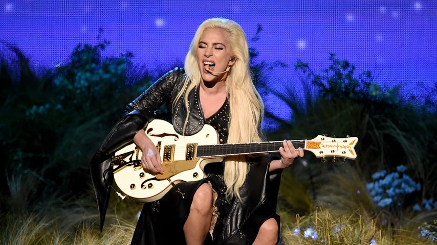 "Lady Gaga während der ""American Music Awards"" 2016 in LA"