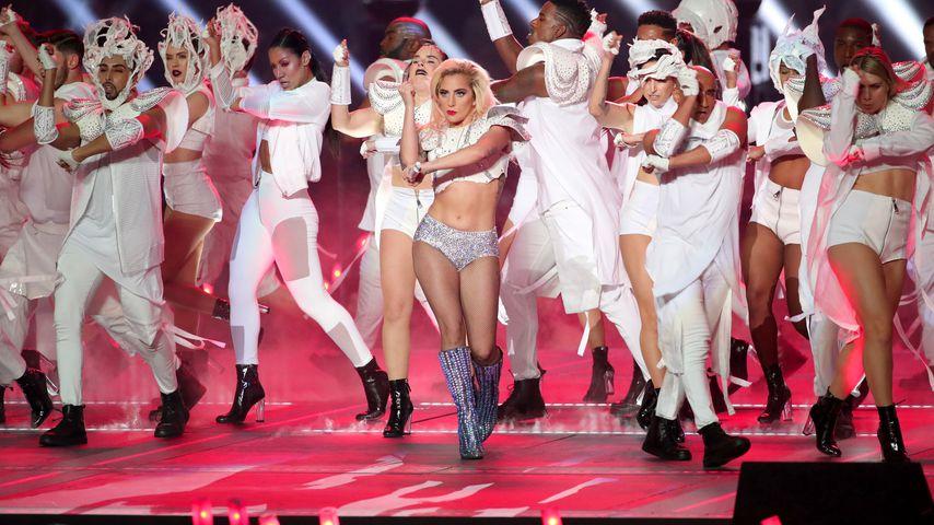 Lady Gaga während ihres Gigs beim Super Bowl 2017