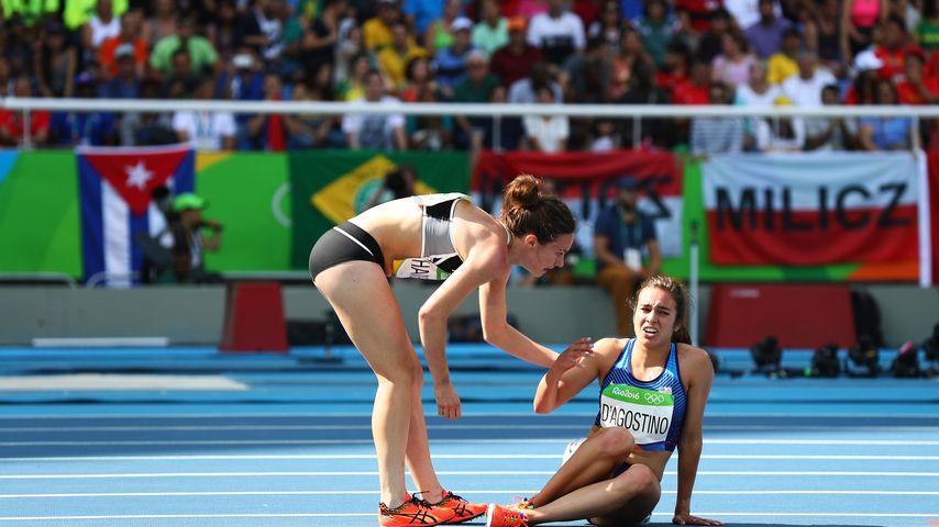 Die Läuferinnen Nikky Hamblin (l.) und Abbey D'Agostino