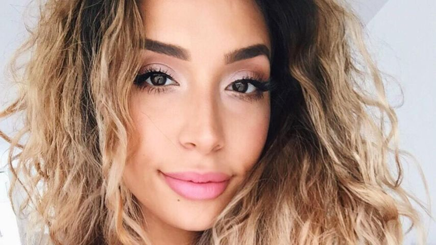 Lamiya Slimani, YouTuberin und Sängerin
