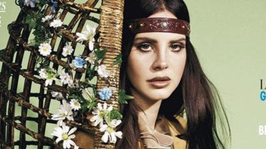 Ungewohnter Anblick: Lana Del Rey als Hippie-Girl