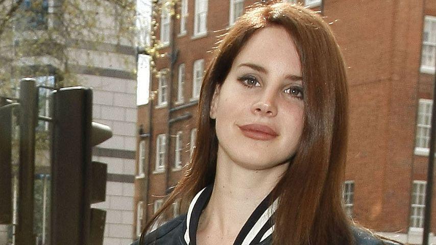 Carmen-Clip: Lana Del Rey setzt auf Stripperinnen