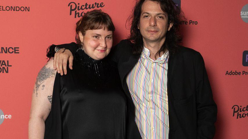 Lena Dunham und ihr Freund Luis Felber bei einer Filmvorführung in London im August 2021
