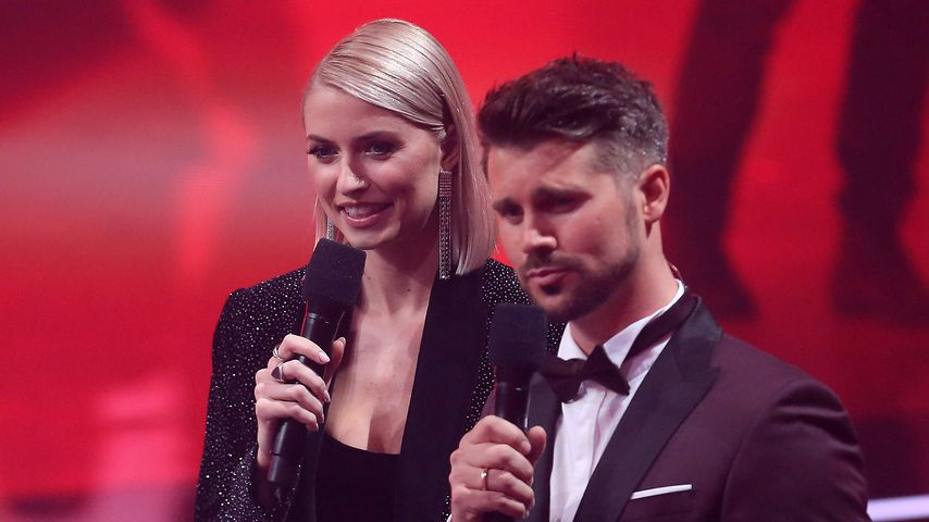 "Lena Gercke und Thore Schölermann beim ""The Voice of Germany""-Finale im November 2019"
