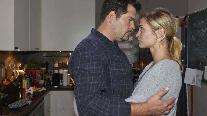 Daniel Fehlow und Lea Marlen Woitack in ihren GZSZ-Rollen Leon und Sophie